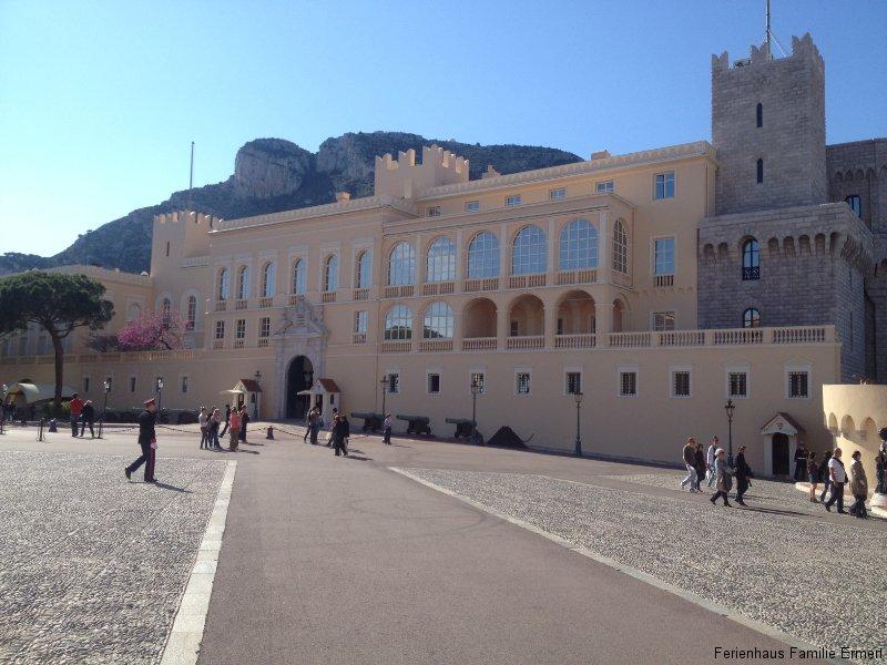Monaco 2 - Ferienhaus in Cavalaire Südfrankreich